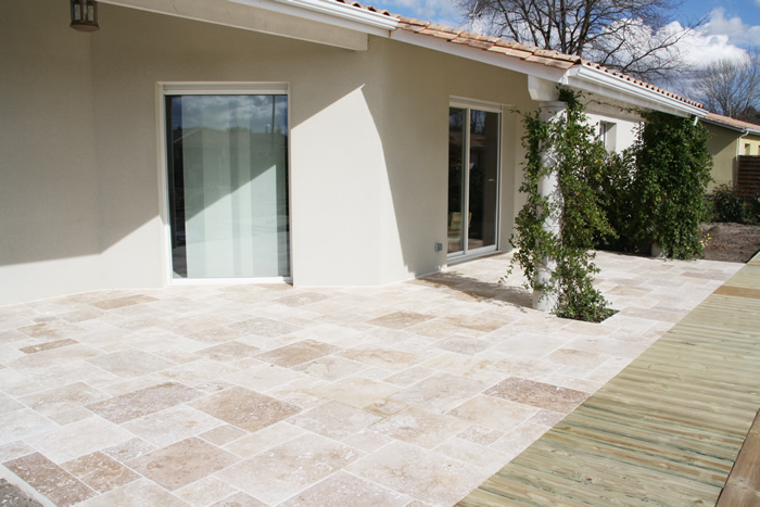 Travertin opus 4 for Dallage exterieur terrasse