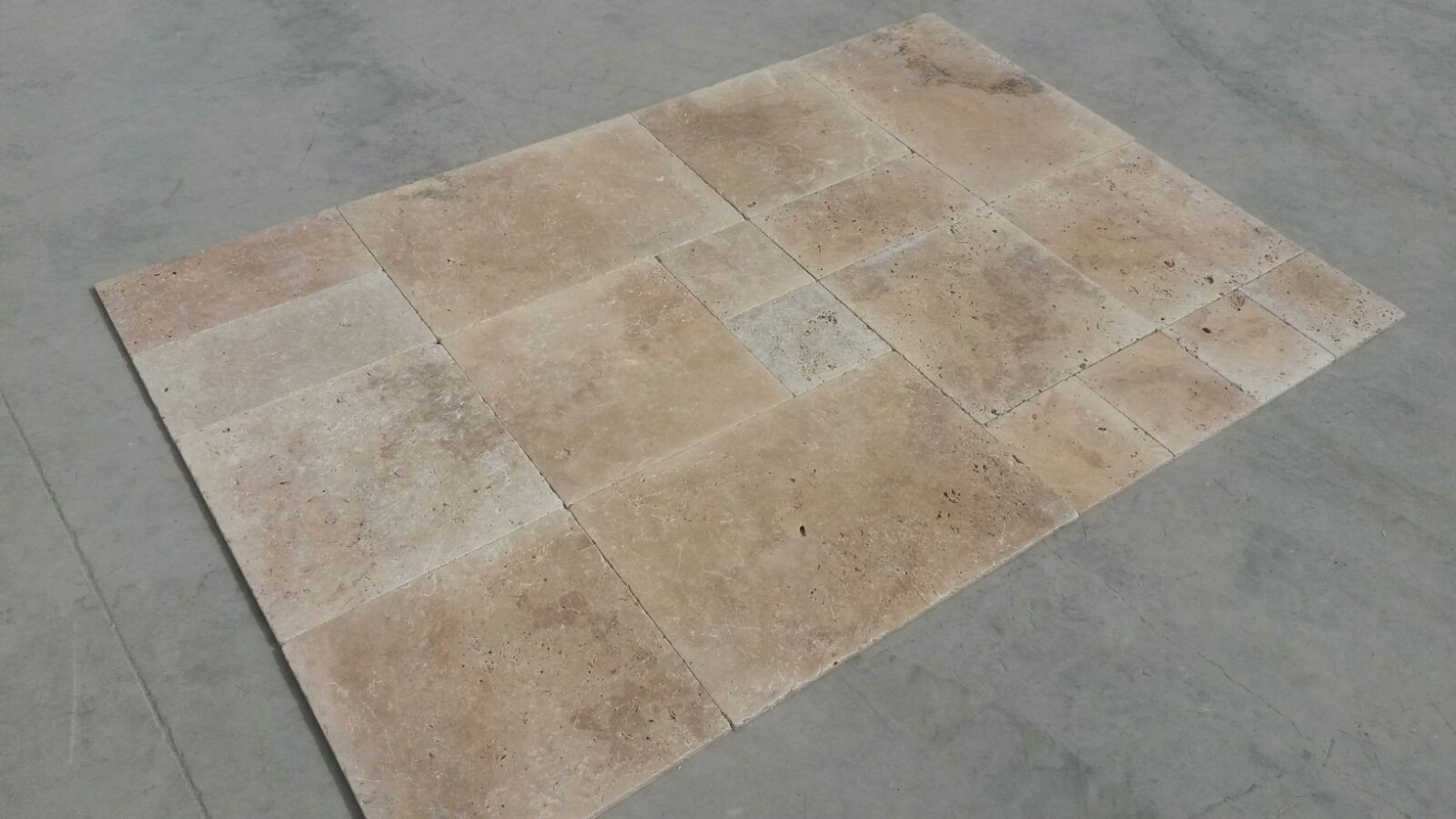 Travertin opus 4 for Calepinage carrelage 4 formats
